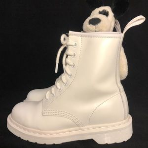 Dr Martens 1460 Mono Smooth leather boot